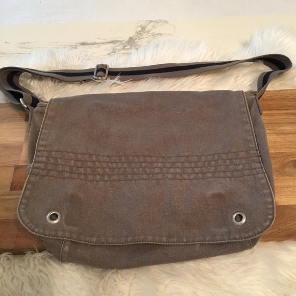 ca88427a4e GAP Other - Gap Canvas Messenger Bag